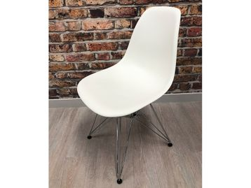 Used Vitra Eames DSS Plastic Side Chair