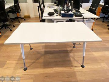 Used 1400mm Herman Miller Abak Desks in White