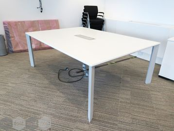 Used 2000mm Senator 'Chameleon' White Boardroom Table