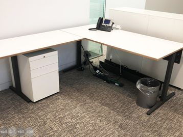 Used 1700mm Desk with Return