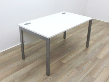 Used 1400mm White Desks with Modesty Panel