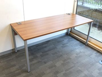 Used 1800mm Walnut Desks