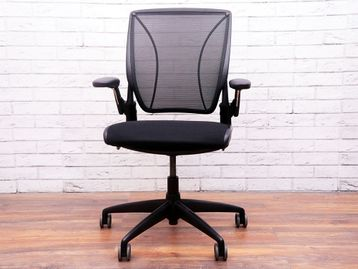 Used Humanscale Diffrient World Operator Chair in Black