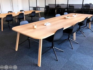 Used 4000mm Work Series Bench Desk/Collaborative Table