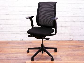 Used Steelcase Reply Mesh Back Operator Chair