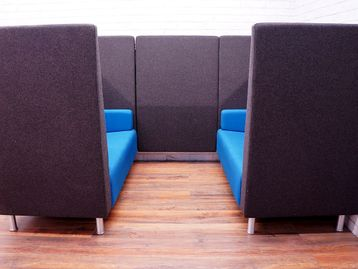 Used Verco Jensen -Up 4 Person Booth