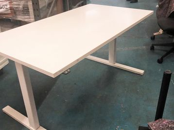 Used 1400mm White Electric Height Adjustable Sit Stand Desks