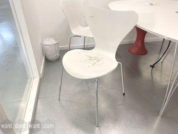 Used Fritz Hansen Series 7 Arne Jacobsen Chairs - Very Poor Condition