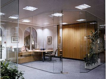 Office Furniture - Silicone jointed glass partitions