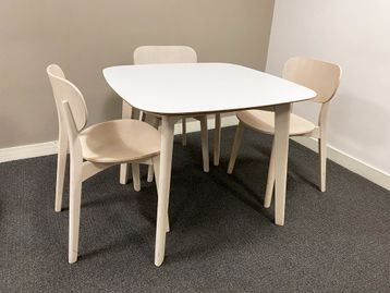 Used Allemuir 'Jaicer' tables with white tops