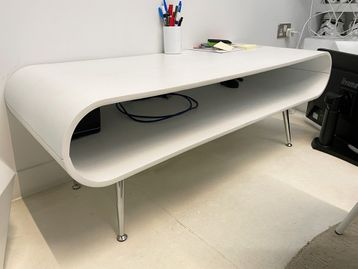 Used White Coffee Table with metal Legs