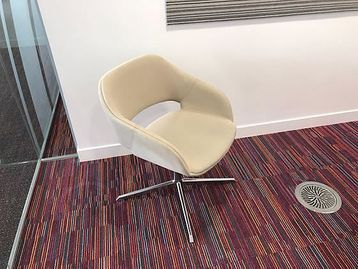 Contemporary design swivel chairs with polished aluminium base