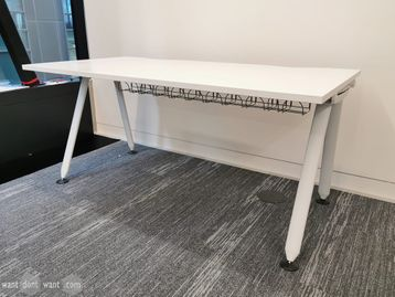 Used 1600mm x 800mm White Herman Miller Abak Desks with White Legs and Cable Trays
